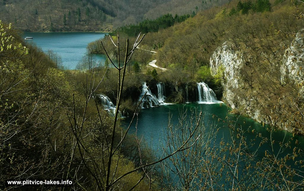 Milanovac Lake , Waterfalls and Kozjak in the background