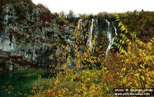 Novakovica Broad with Veliki Slap in the backfround - Autumn