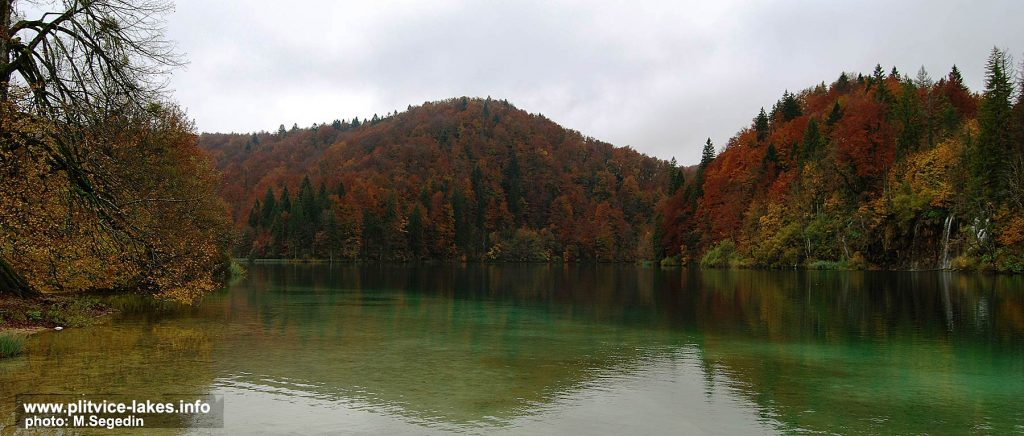 Lovely Autumn Colours at Plitvice Lakes