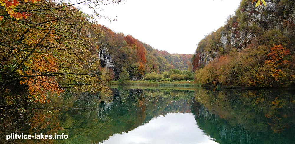 views from the trail A @ plitvice
