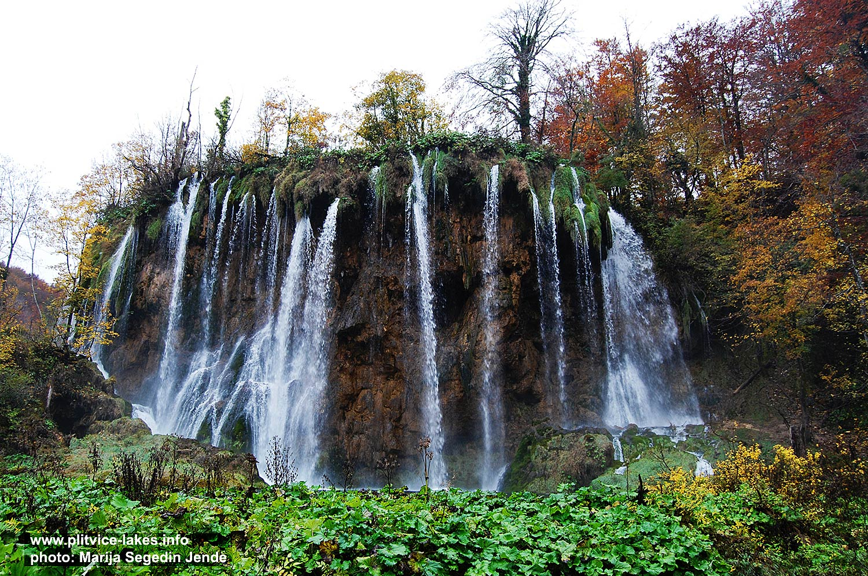 Lovely Veliki Prstavac Waterfall, Plitvicka Jezera